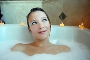 manfaat mandi air hangat